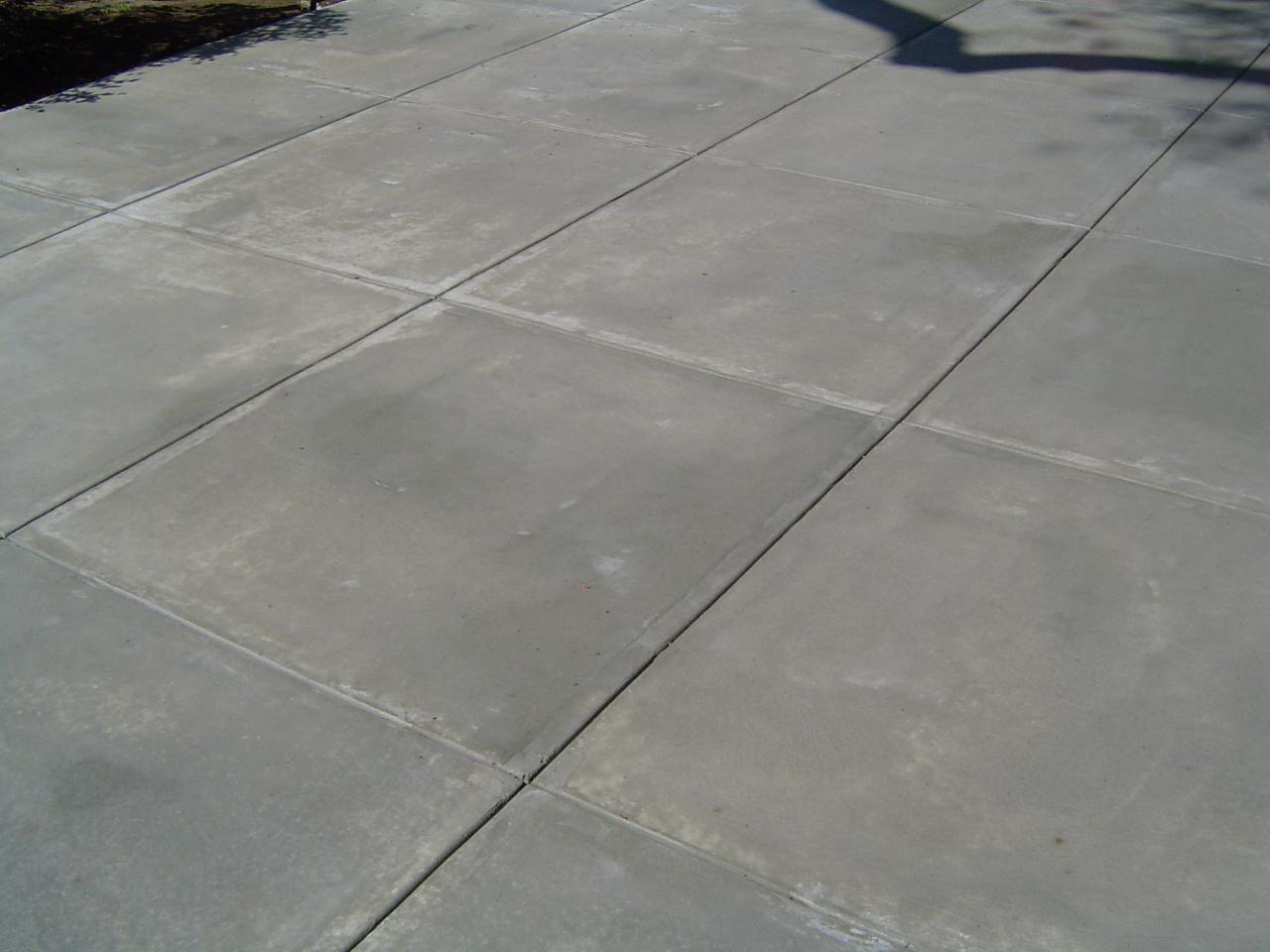 Best cleaner for concrete patio how to clean patios with for Best degreaser for concrete